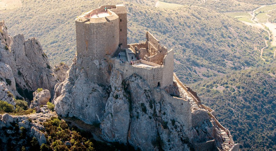un château cathare
